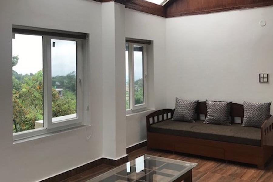 1103-villa-in-dharamshala sitting-area