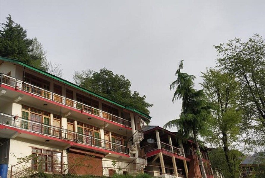 1126-apartment-in-manali property