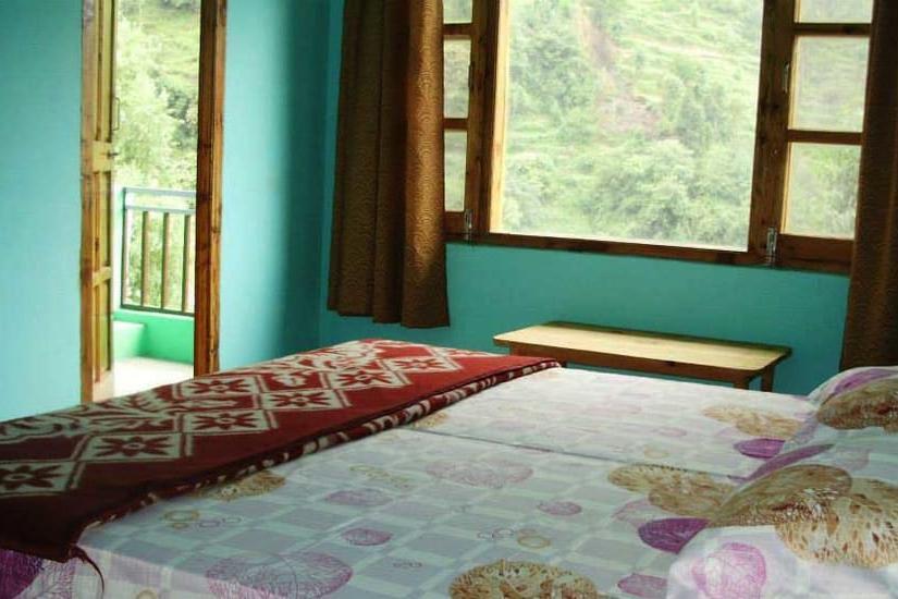 1159-3bhk-villa-in-jibhi 3