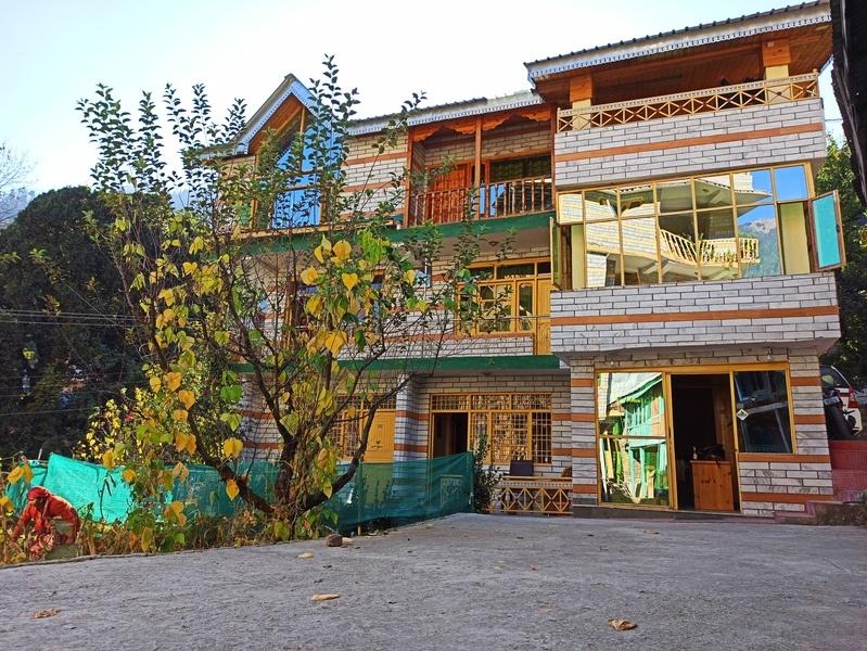 1184-1rk-apartment-in-manali 1
