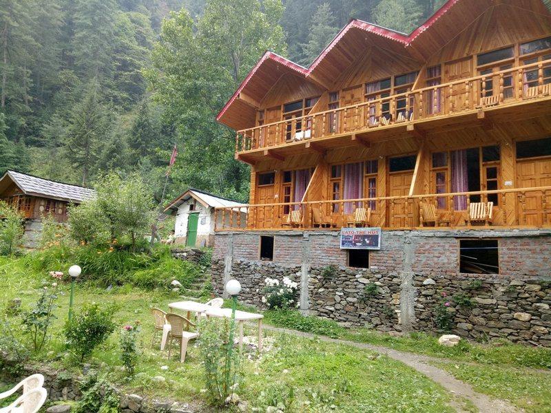 1211-homestay-in-jibhi property