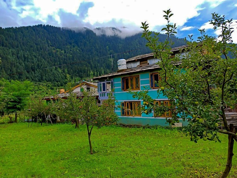 1221-homestay-in-tirthan-valley 1