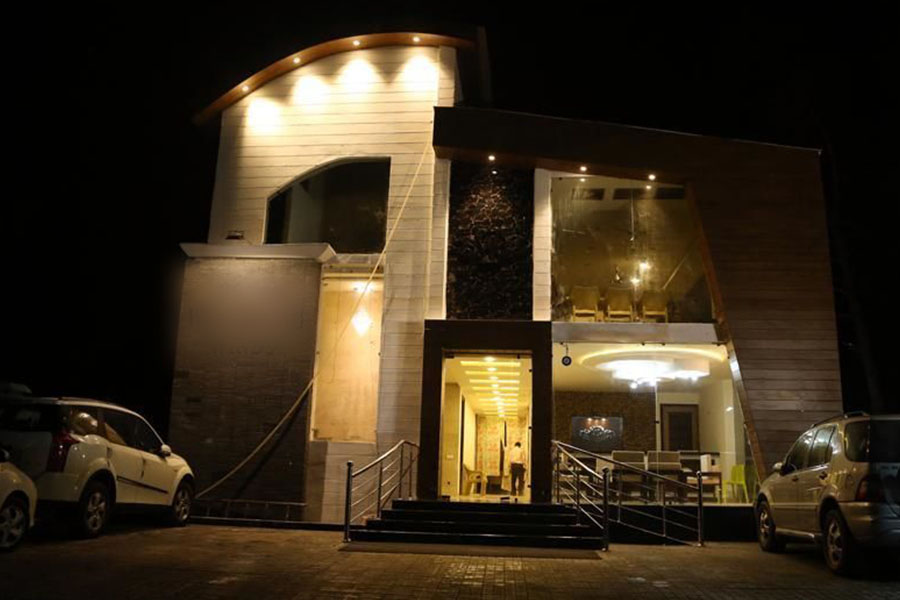 1308-hotel-in-kasauli property