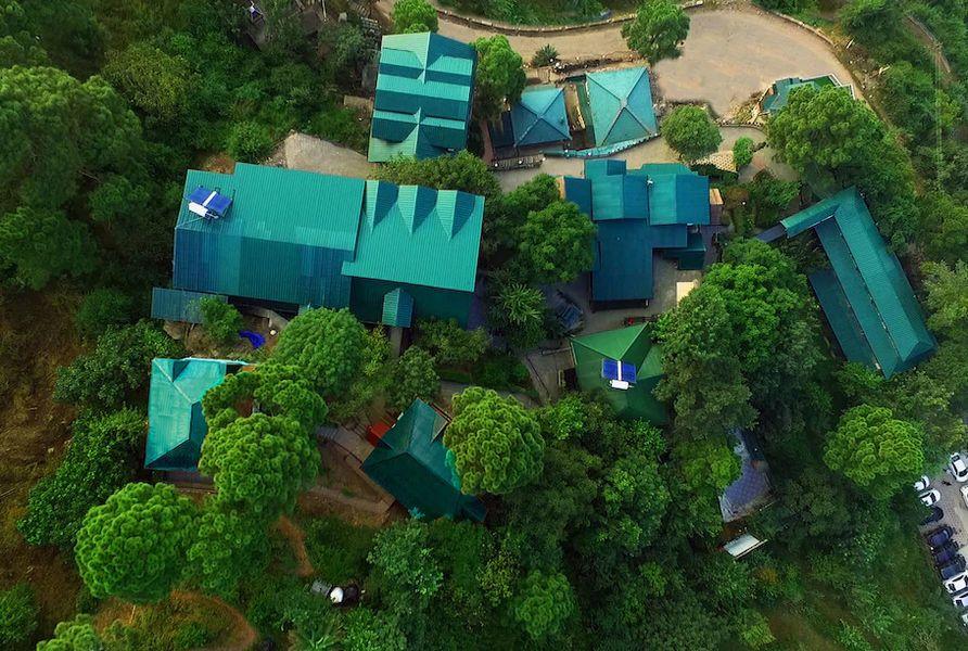 1312-resort-in-kasauli bird-eye