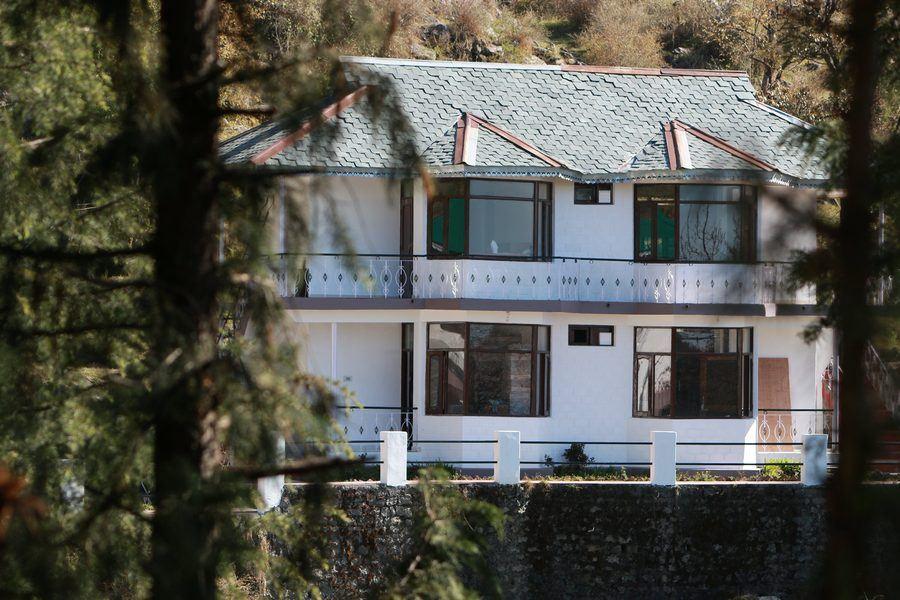 1405-hostel-in-mcleodganj exterior1
