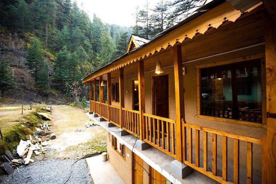 1408-hostel-in-jibhi 1