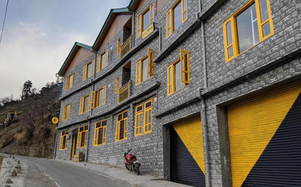 1416-hostel-in-jibhi 1