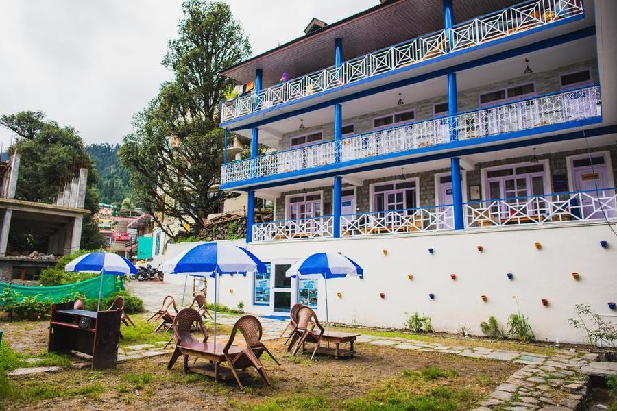 1420-hostel-in-manali 1