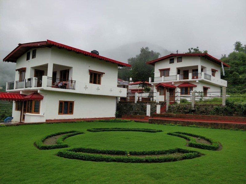 2120-3bhk-villa-in-naukuchiyataal 12