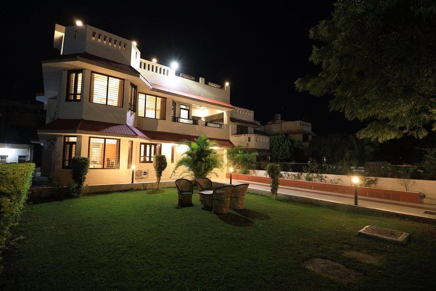 2145-5bhk-villa-in-udaipur 1
