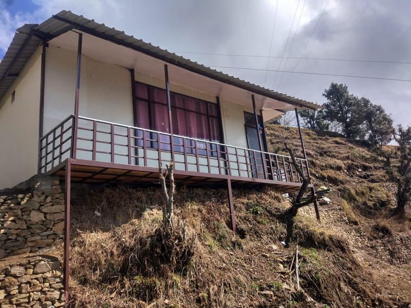 2313-resort-in-kanatal property