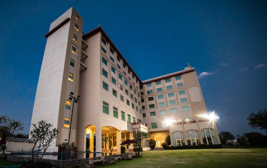 2350-hotel-in-jaipur 1