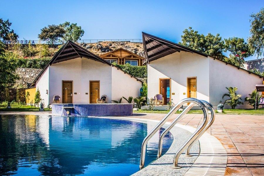 2353-resort-in-udaipur 1