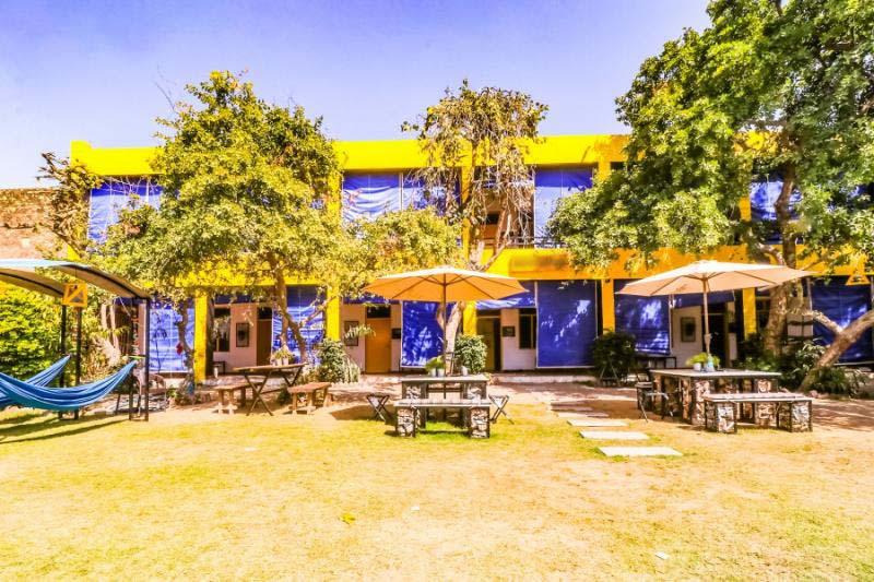 2401-hostel-in-pushkar lawn