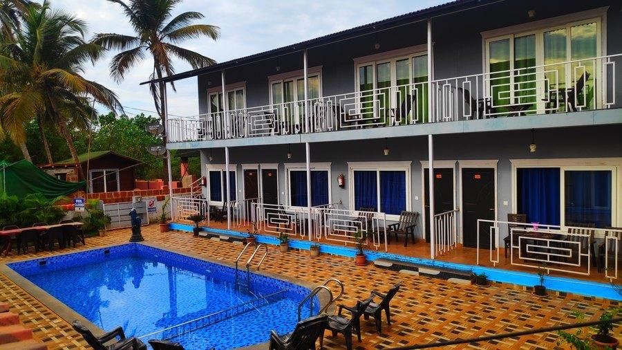 3322-resort-in-arambol-goa 1