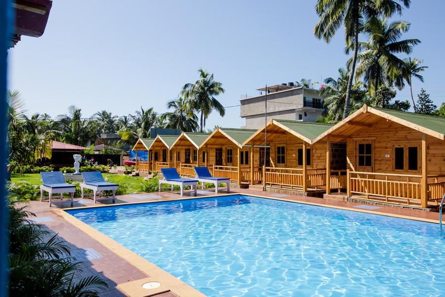 3340-resort-in-arambol-goa 1