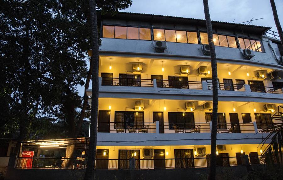 3341-hotel-in-arambol-goa 1