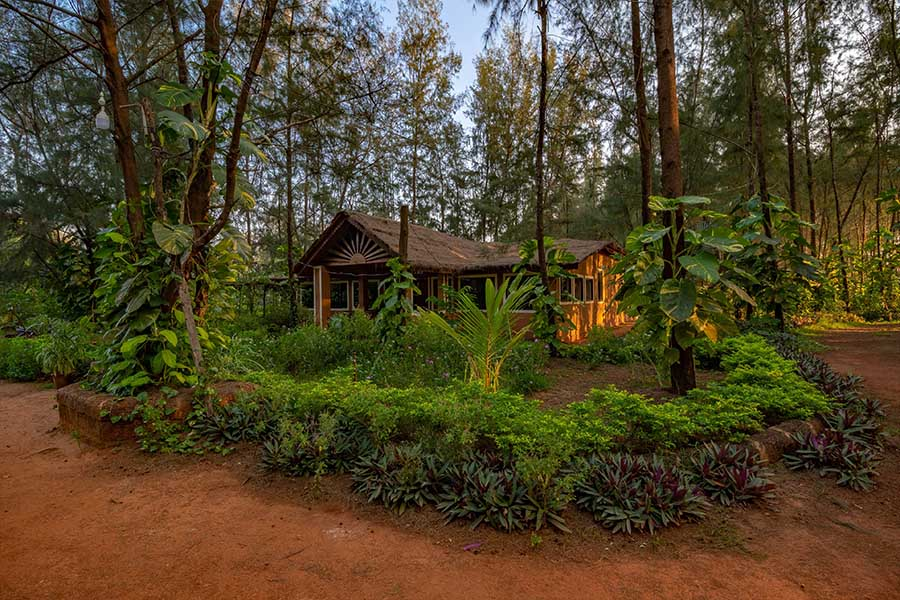 4301-resort-in-kumta property-entry